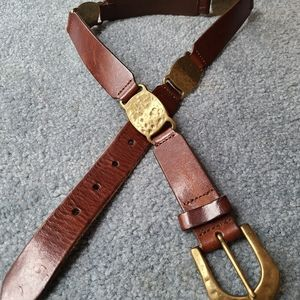 Fossil leather belt